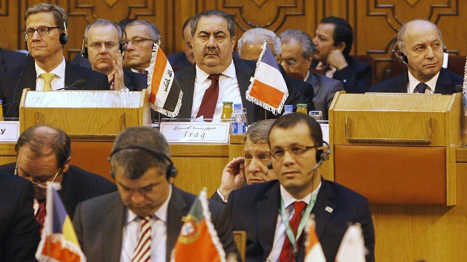 Ministři zahraničí Francie, Portugalska a Iráku na jednání o syrské opozici