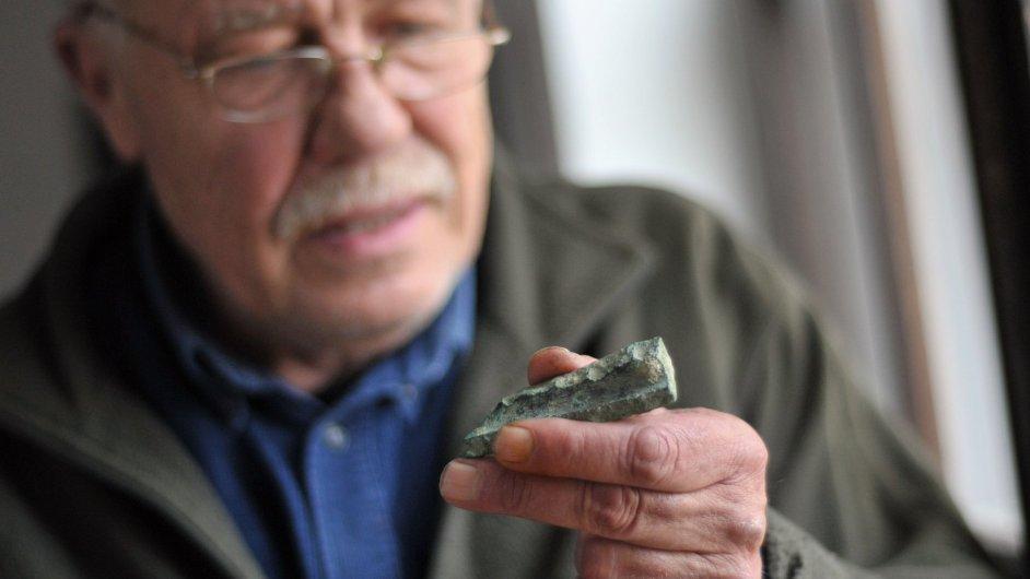 Archeolog Jiří Waldhauser