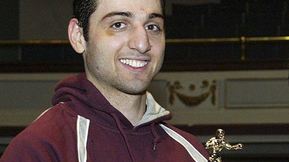 Tamerlan Carnajev s trofejí z boxu