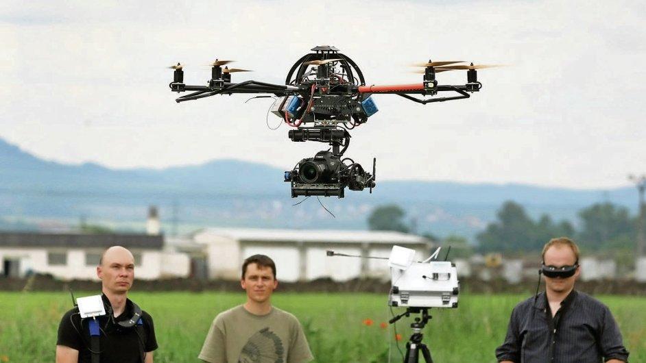 Dron v akci