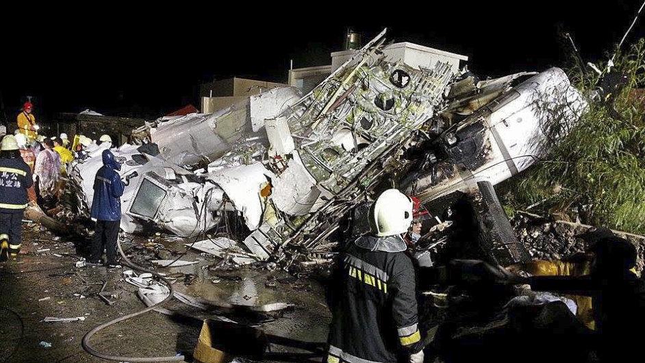 Letecké neštěstí na Tchaj-wanu si vyžádalo 47 obětí