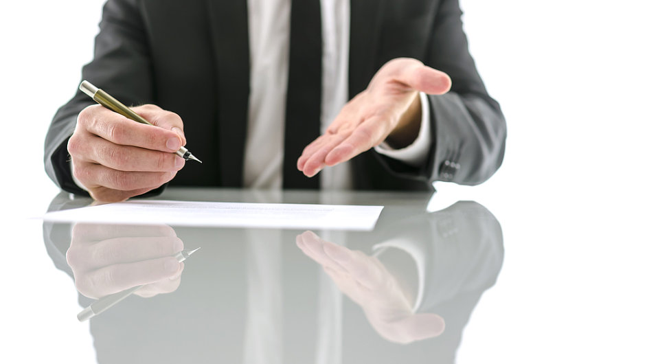 Inkasní a advokátní firmy nechtějí kupovat malé pohledávky