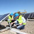 Sol�rn� elektr�rny jsou v�nosn�m byznysem. (Ilustra�n� foto)