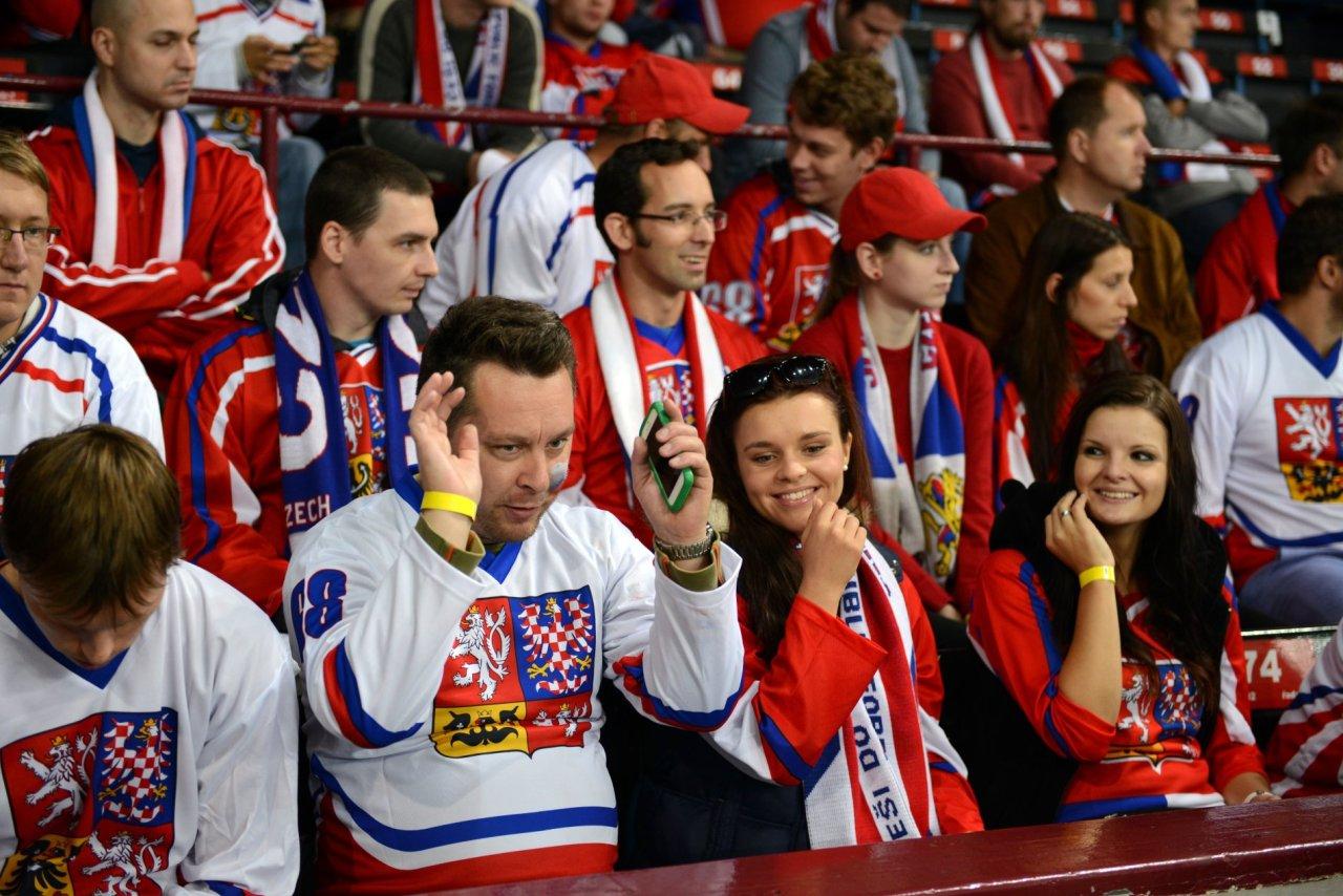 Coby hokejový stadion posloužila pražská Tipsport Aréna.