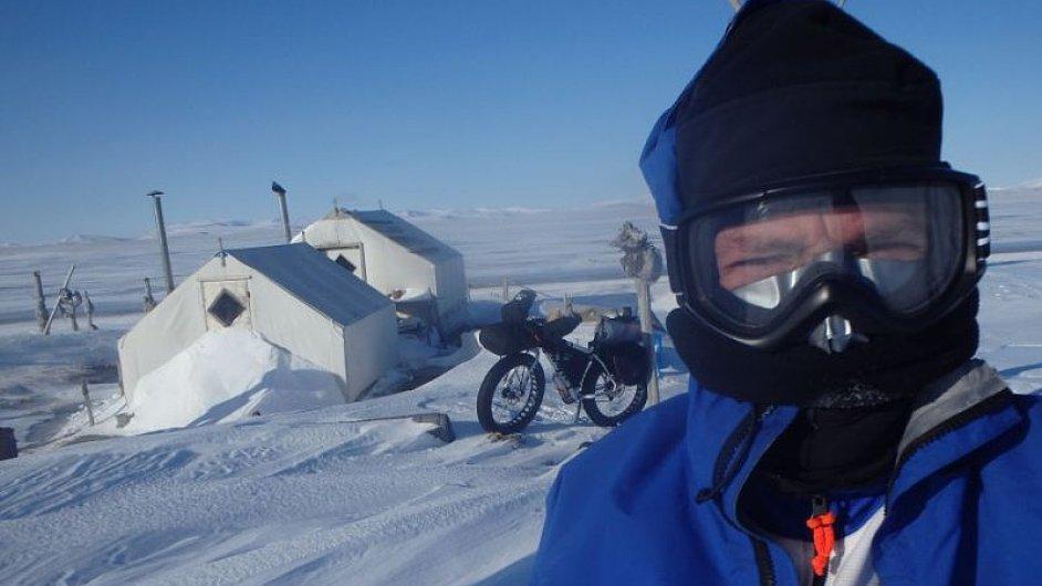 Jan Kopka během extrémního závodu Iditarod na Aljašce