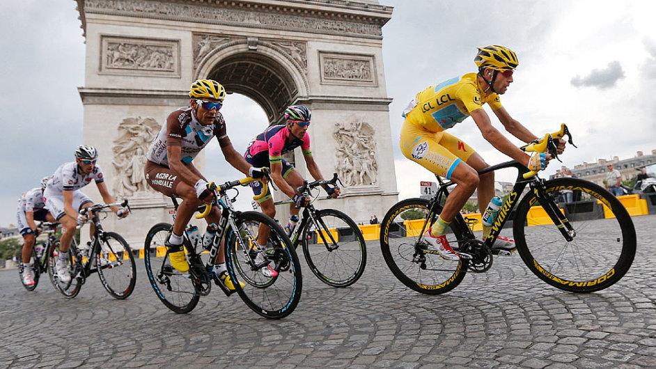 Vítězný oblouk bude letos kulisou závěrečné etapy Tour už počtyřicáté.