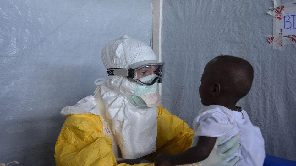 232-08f-ebola-MSF2.jpg