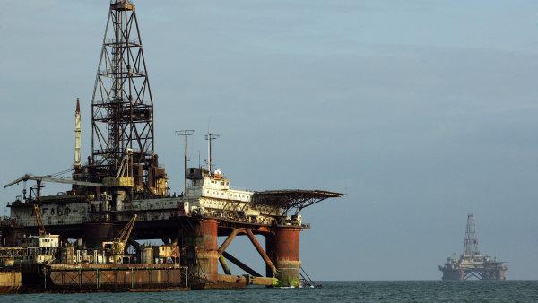Ruská těžba ropy je na historickém maximu. Pomáhá k jejímu poklesu ceny - Ilustrační foto.