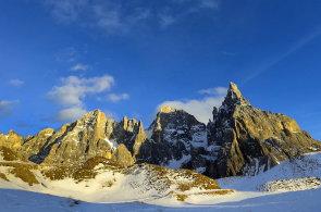 Do ly�a�sk�ho r�je i bez ly��: Horsk� krajina Dolomit sk�t� kr�snou pod�vanou