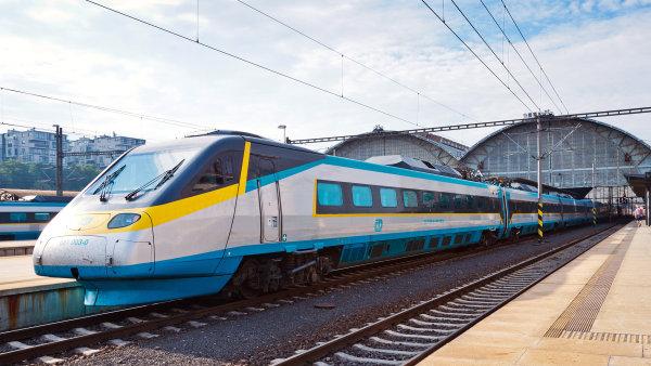 České dráhy loni vykázaly zisk 882 milionů korun.