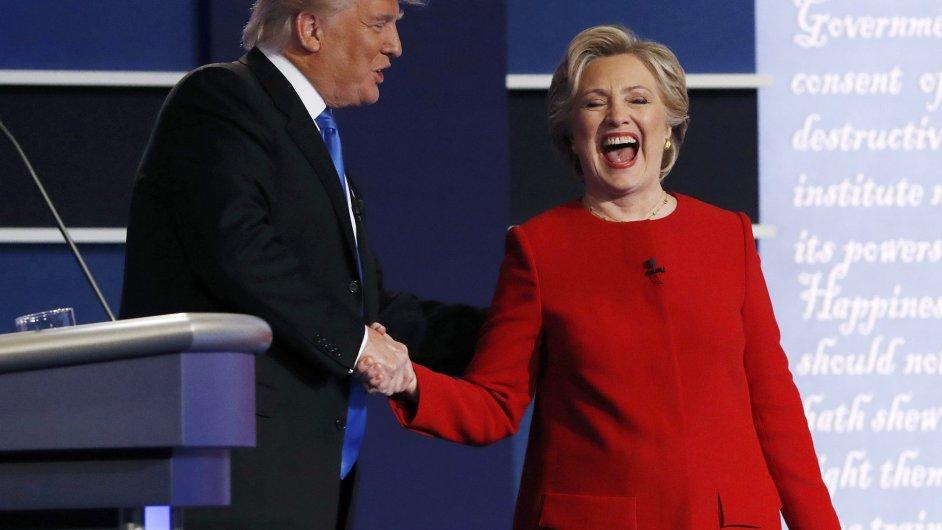 Trump a Clintonová poprvé debatovali.