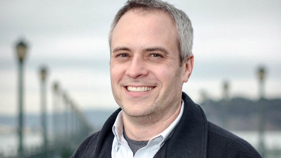 Na snímku je novinář Brad Stone, autor knihy The Upstarts o úspěšných startupových firmách.