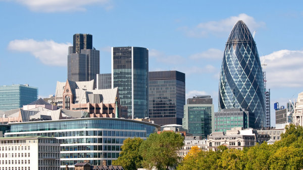 Londýn zažívá pokles poptávky po nemovitostech.