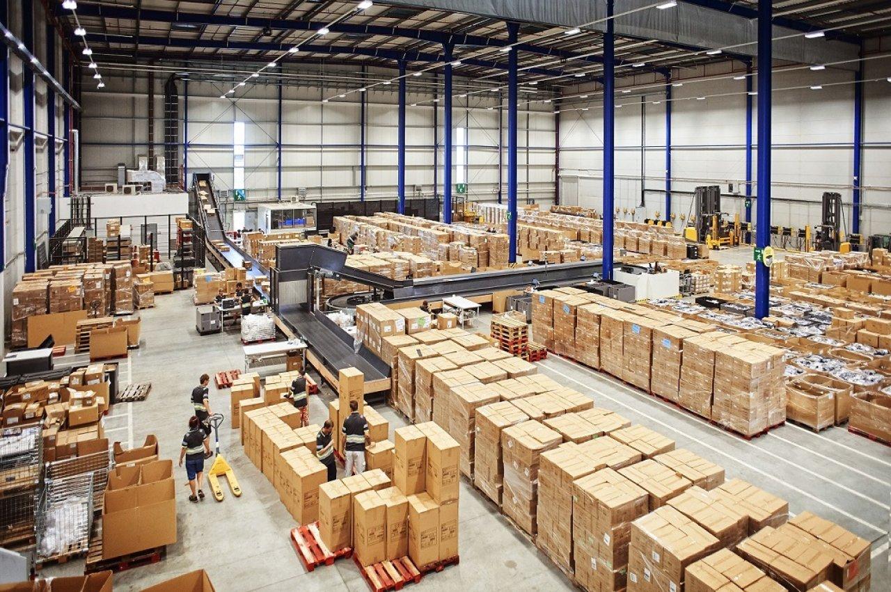 Příjem zboží v logistickém centru Lidl v Plzni