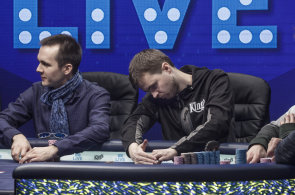 Světové hvězdy hrají poker v Rozvadově. Vítěz hlavního turnaje si odnesl 90 milionů korun