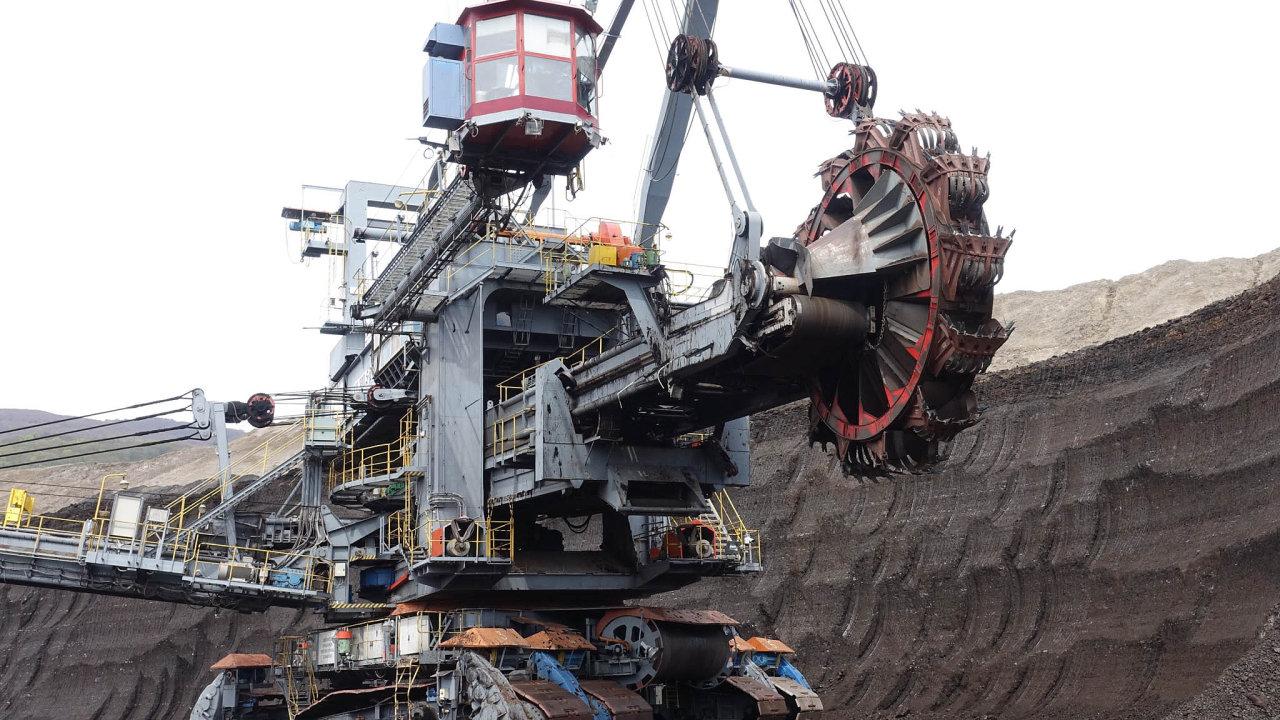 Vysoké zisky, nízké odvody. Těžba hnědého uhlí je vČesku zisková astát by vtomto zisku rád dosáhl většího podílu.