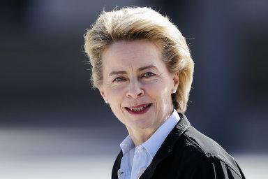 Prezidenti a premiéři zemí Evropské unie navrhli do čela Evropské komise německou ministryni obrany Ursulu von der Leyenovou.