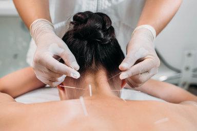 Životní energie. Tradiční čínská akupunktura se snaží předcházet nerovnováze vtoku energie.