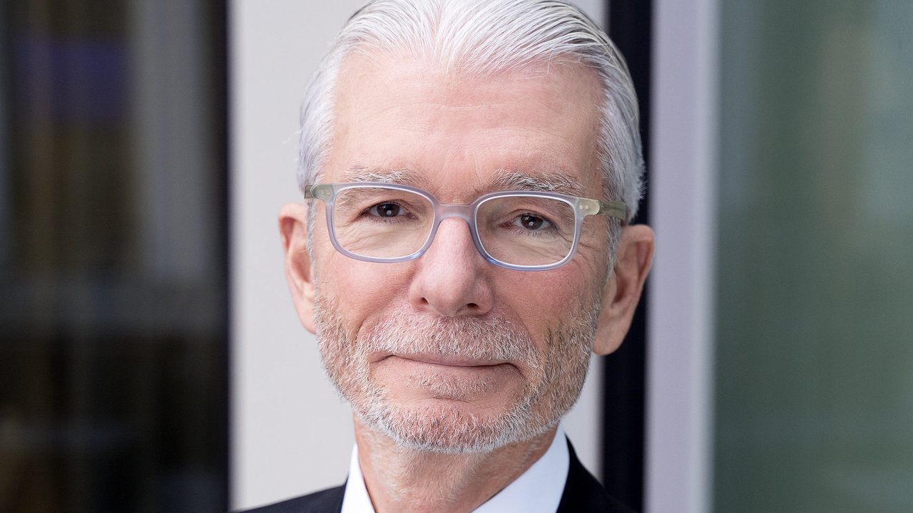 Ron Given, CE Senior Legal Counsel v Deloitte Legal