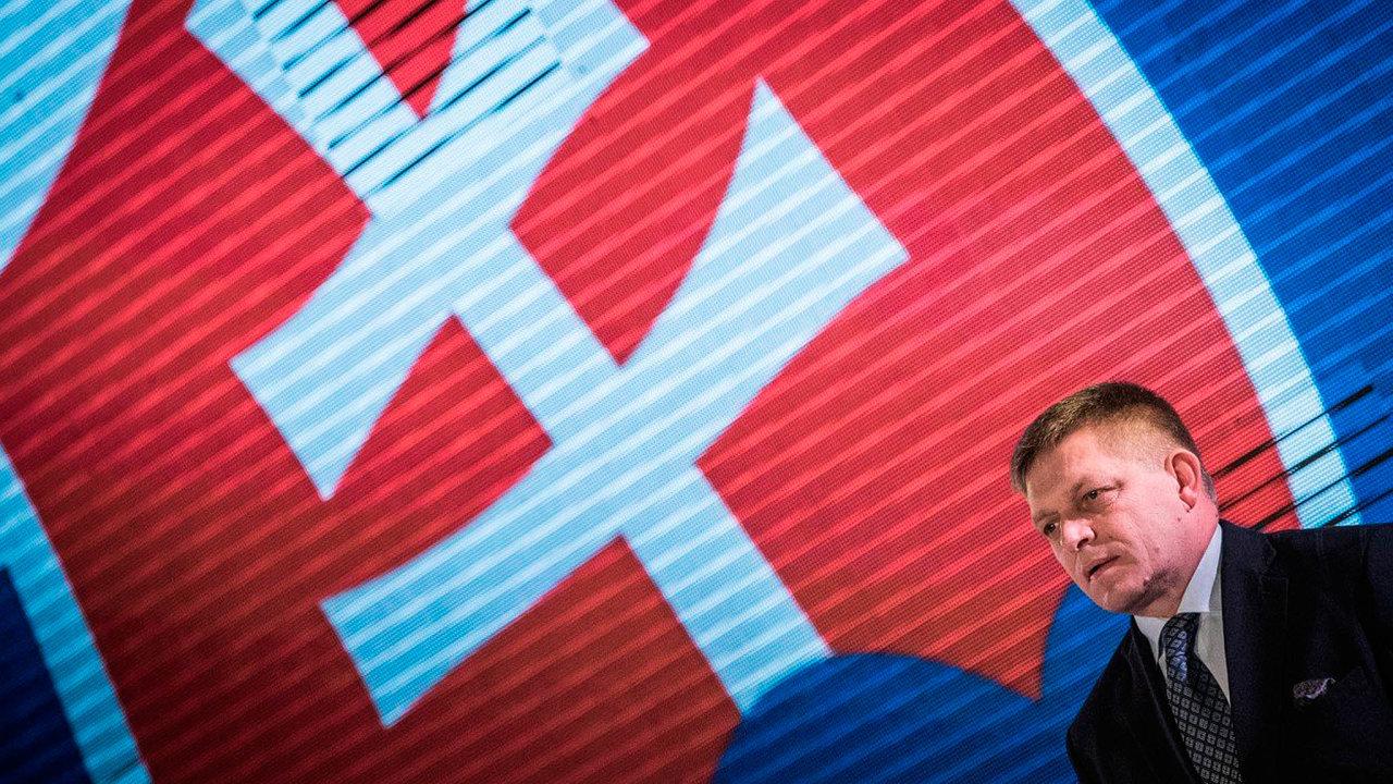 Robert Fico se na Slovensku uchází o další úřad - mohl by být ústavním soudcem.