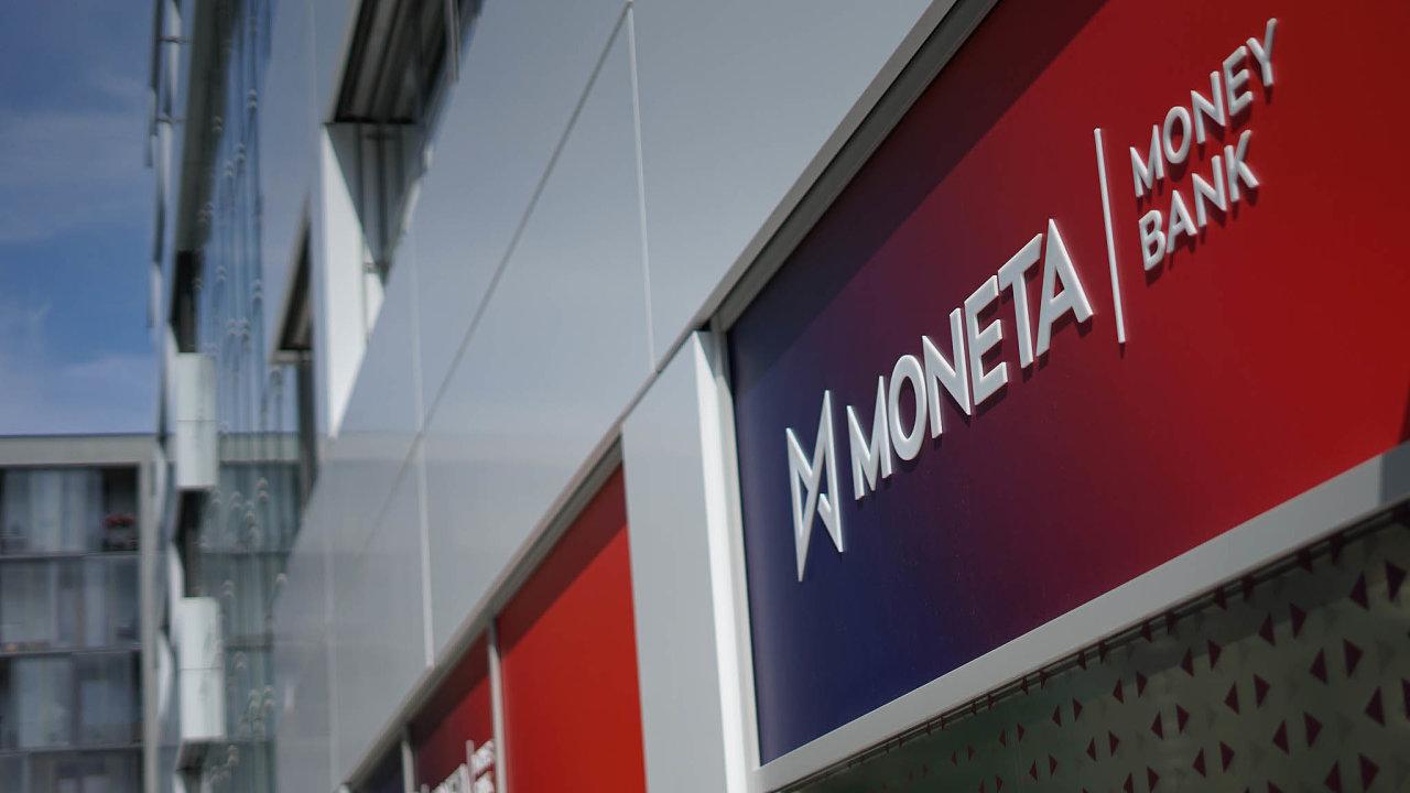 První českou bankou, která omezila výplatu dividend, byla Moneta Money Bank. Loni vydělala čtyři miliardy korun.