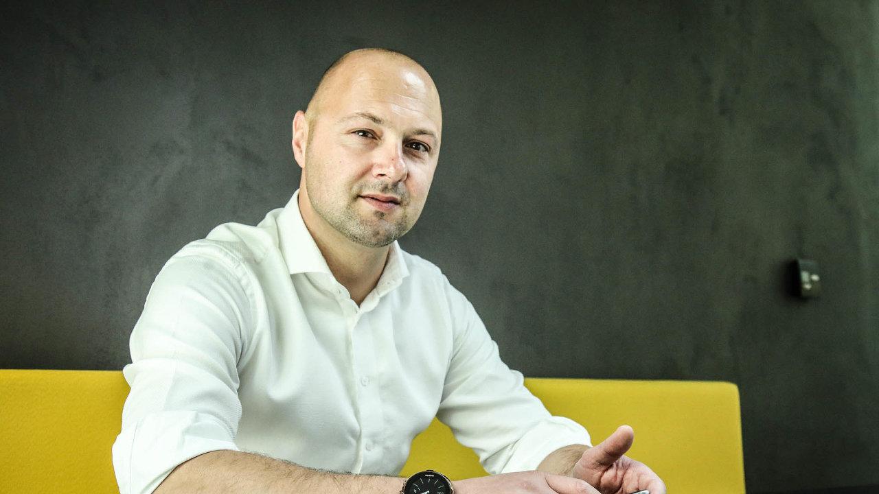 Šéf J&T Ventures Adam Kočík se věnuje vyhledávání technologických ainovativních start-upů přes 11 let. Posledních šest let pro J&T.