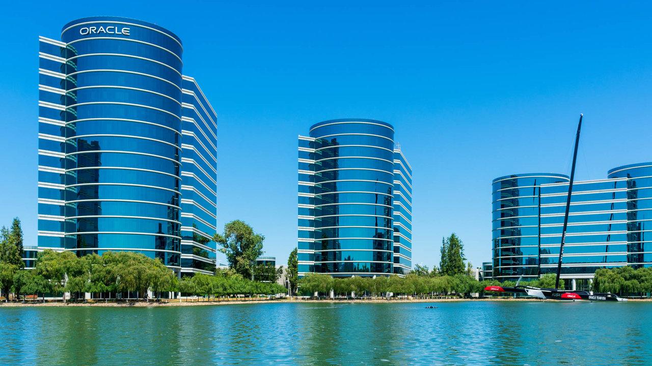 Kalifornská firma Oracle je dalším zájemcem oodkoupení části platformy TikTok, kterou vlastní čínská skupina ByteDance.