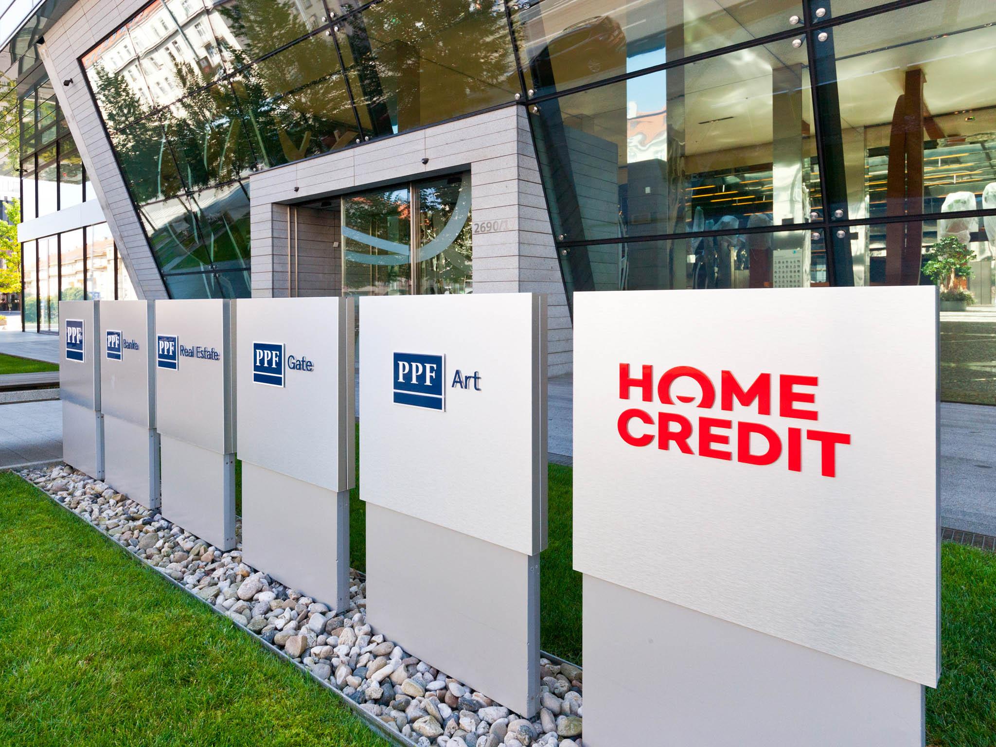 Skupina Home Credit, která poskytuje spotřebitelské půjčky, vykázala vprvním pololetí ztrátu 619 milionů eur (16,8 miliardy korun).