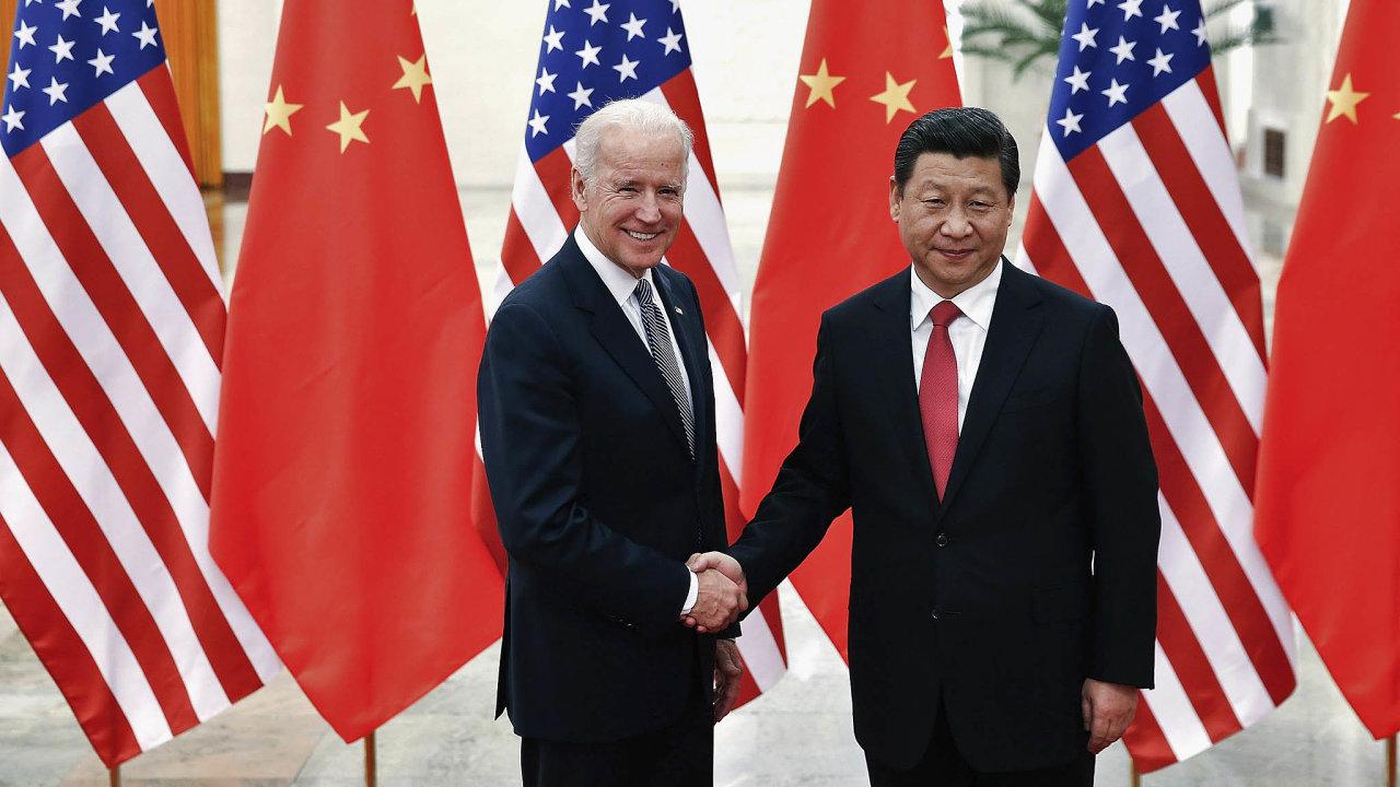 Znovu jednat sČínou: Joe Biden se setkal sčínským prezidentem Si Ťin-pchingem vdobě, kdy byl americkým viceprezidentem.