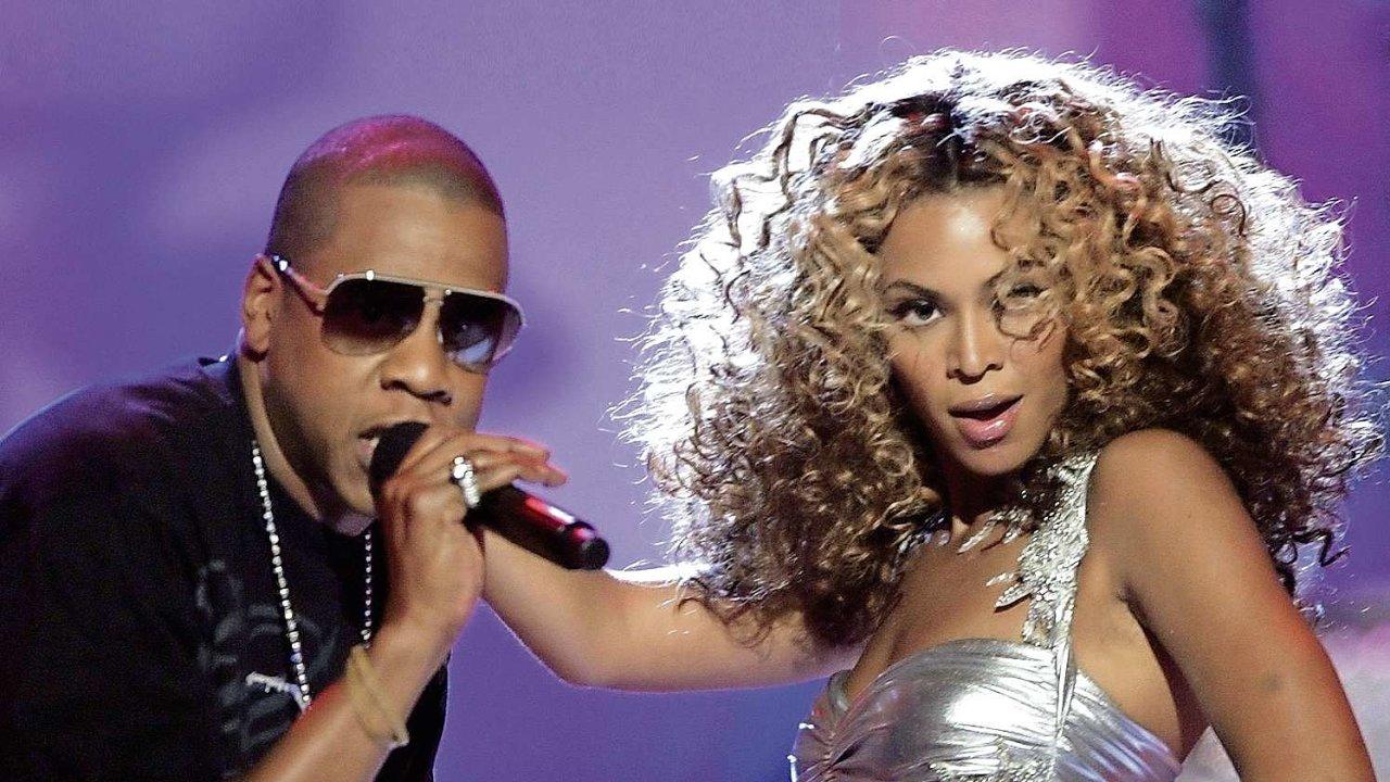 Jay-Z a Beyoncé při společném vystoupení.
