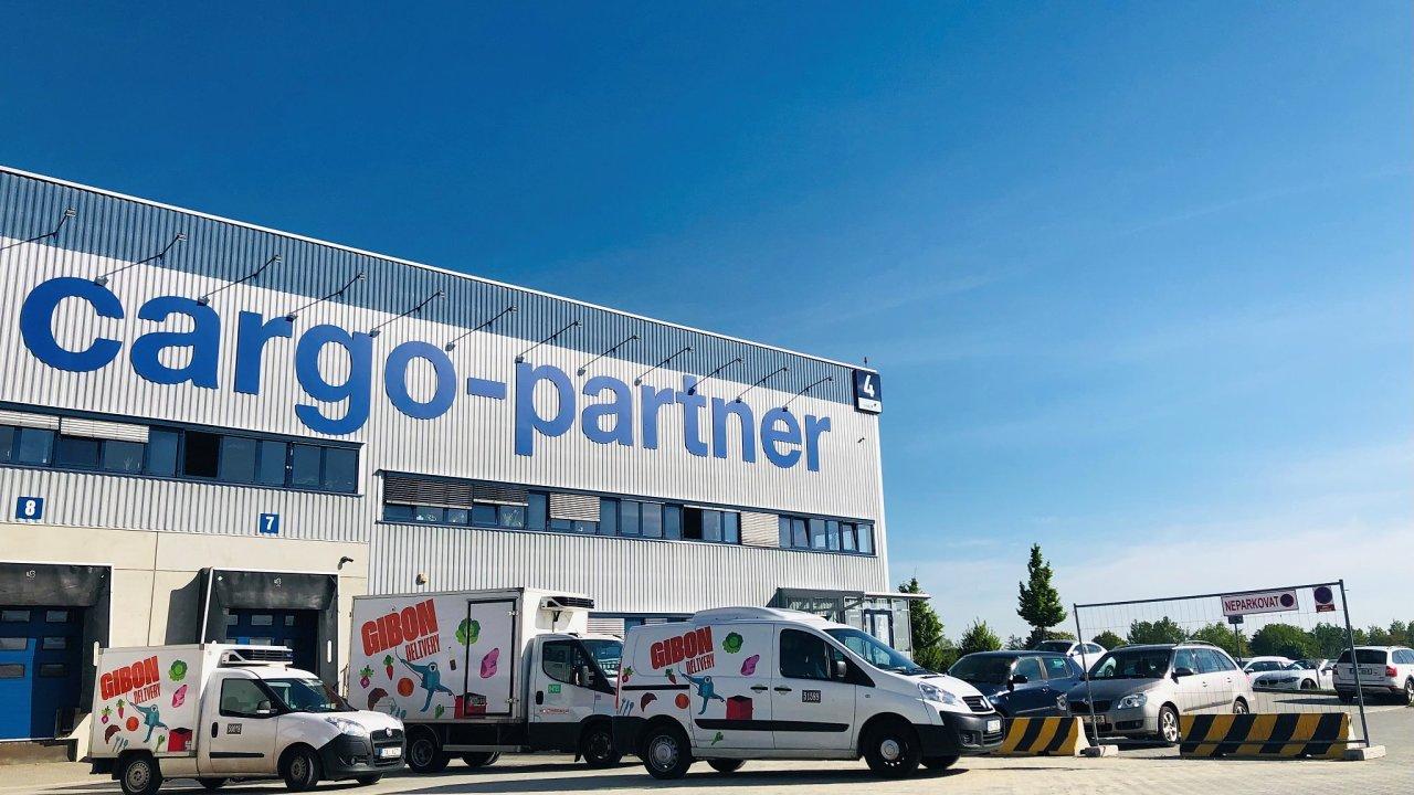 Dalším důležitým krokem k rozvoji chlazené logistiky cargo-partner byla akvizice české firmy Gibon specializující se na tuto oblast.