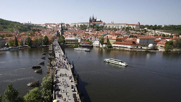 Praha láká turisty zejména na památky.