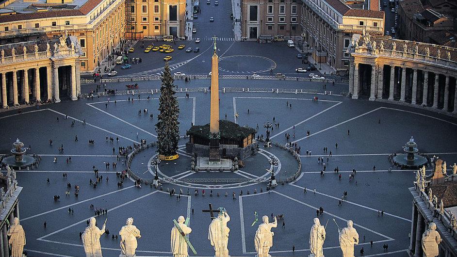 Náměstí svatého Petra ve Vatikánu