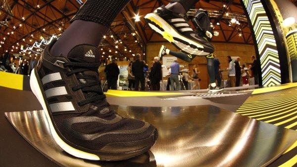 Téma  Adidas - Hospodářské noviny - byznys 8221025d46