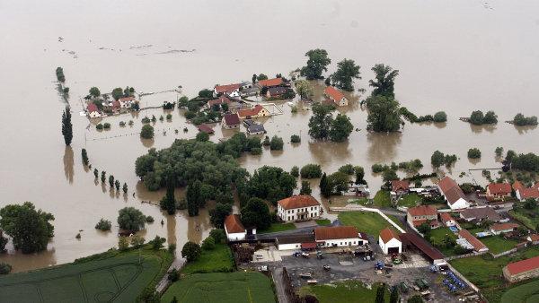 Přítoky berounky opět hlásí stupeň ohrožení záplavy si