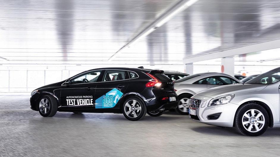 Autonomní parkování