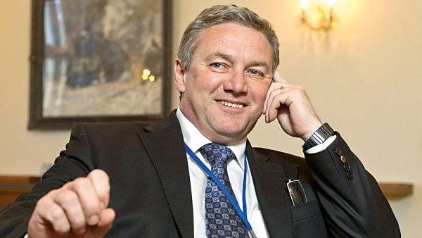 Ministr dopravy Antonín Prachař
