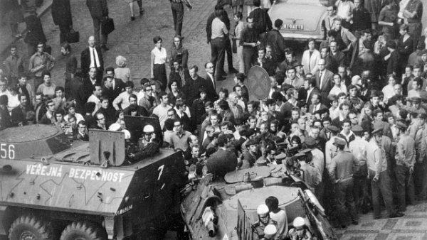 Srpen 1969 na Václavském náměstí v Praze