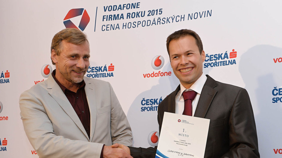 Živnostník roku Václav Vopalecký (vlevo) a majitel firmy roku Martin Baumruk.