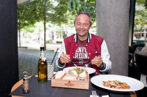 Bývalý prezident Microsoftu pro Evropu Jan Mühlfeit se věnuje koučování, každý den běhá a nejí cukr