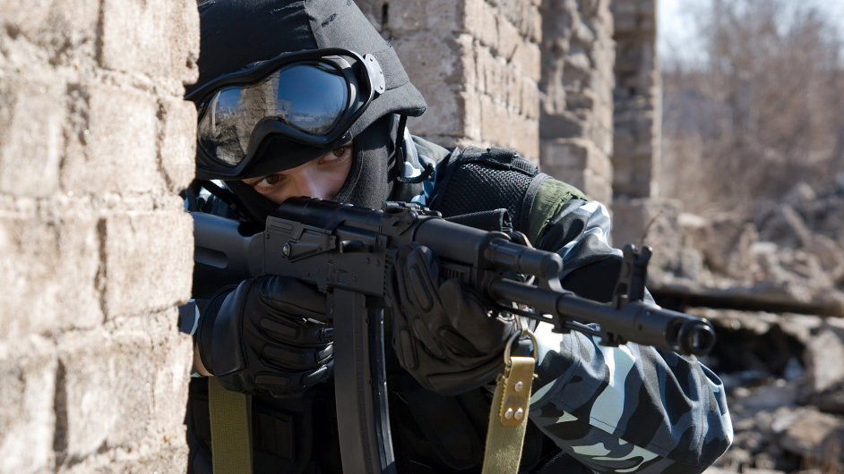Do Iráku míří deset milionů nábojů do samopalů a 5000 granátů z Česka - Ilustrační foto.