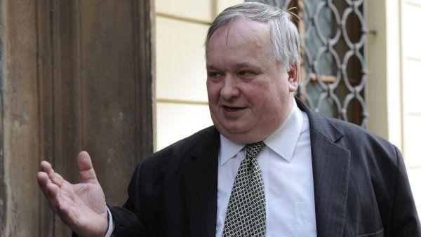 Jiří Lang se stane novým šéfem Národního bezpečnostního úřadu.