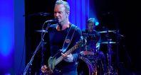 Stingova píseň je součástí jeho nadcházející desky nazvané 57th and 9th, která vyjde 11. listopadu.