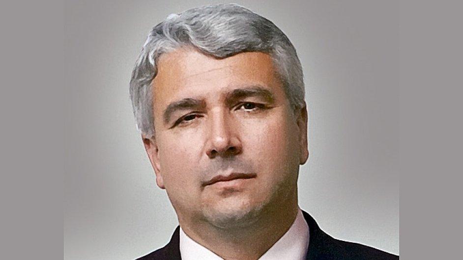 MUDr. Milan Leckéši, předseda představenstva společnosti AGEL