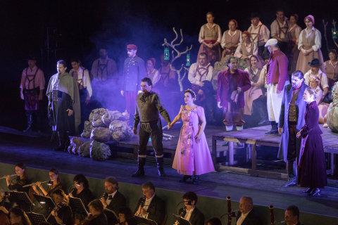 Snímek z inscenace opery Tajemství na festivalu Smetanova Litomyšl.