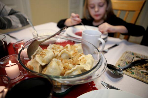 Polské pirohy jsou oblíbeným štědrovečerním jídlem.