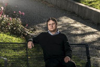 Předseda výboru Asociace občanských poraden Hynek Kalvoda.