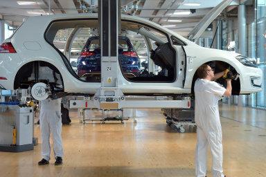 Poslední vozy se spalovacím motorem Volkswagen vyvine v roce 2026.