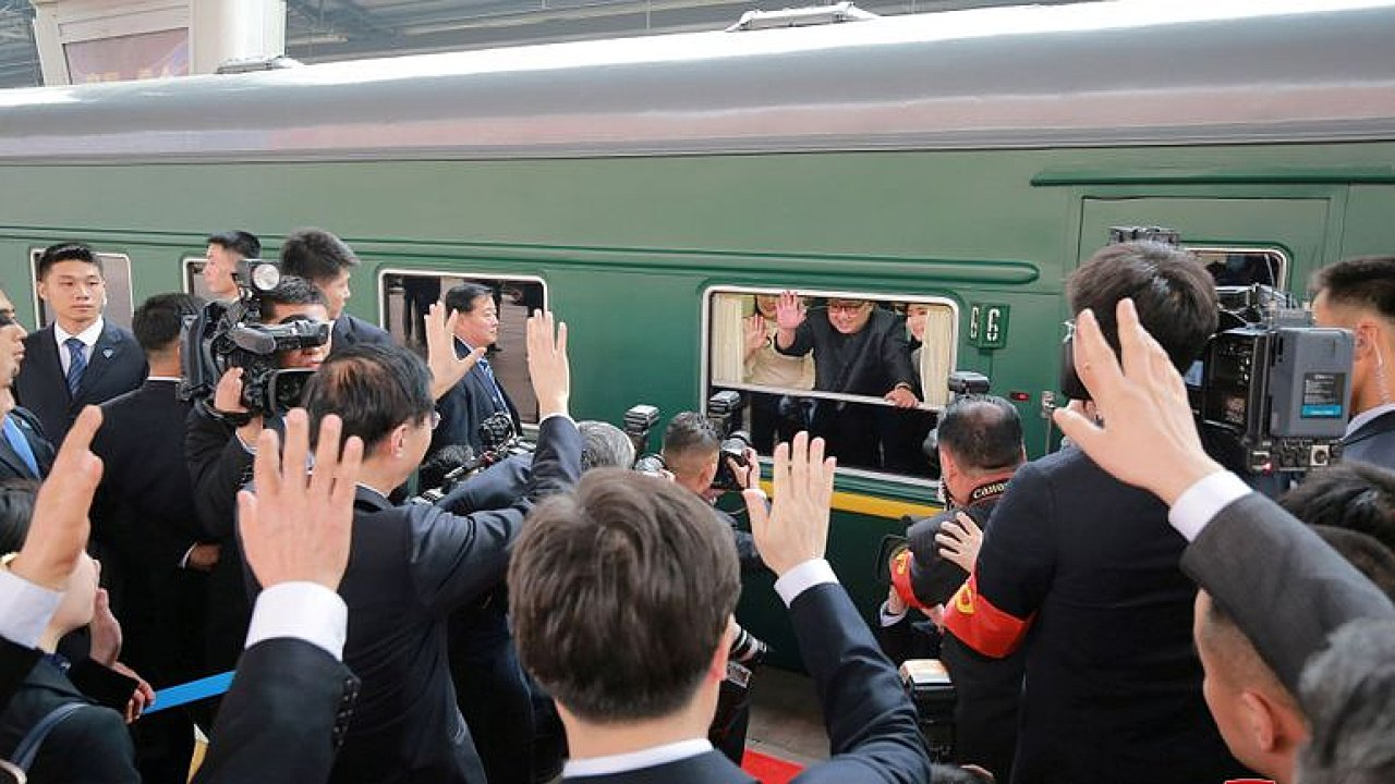 Severokorejský vůdce přijel do Vietnamu na dvoudenní jaderný summit