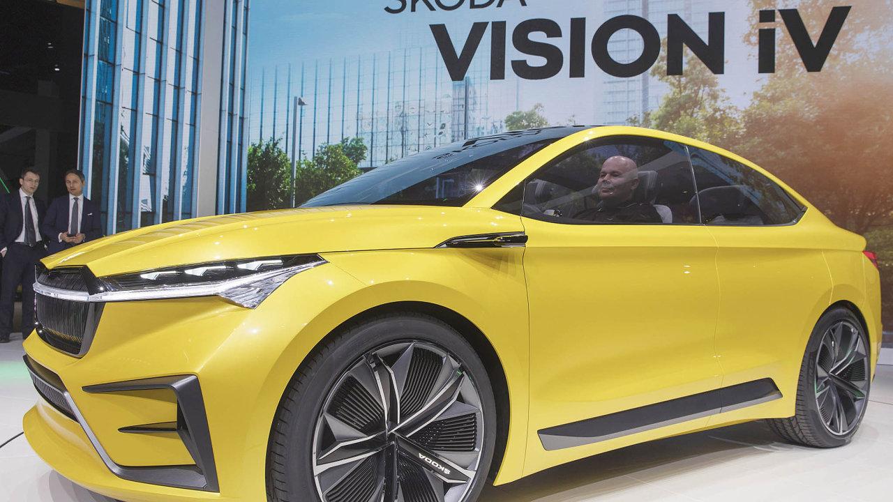 Ještě než dojde na otevření nové továrny, začne Škoda příští rok vyrábět první elektromobil na modulární platformě MEB koncernu Volkswagen.  Půjde o sériovou verzi konceptu Vision iV.